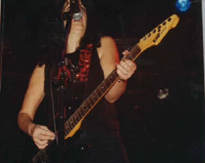 xghsalabikinibarcelona2001girlschool3.jpg